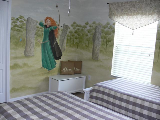 Disney Brave Themed Bedroom Sophia The Brave 39 S Bedroom Pinterest Singapore Sling And