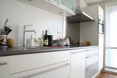 Kitchen Makeovers on The Kitchen Is The Heart Of Your Home It Is Not Just A Place Where You