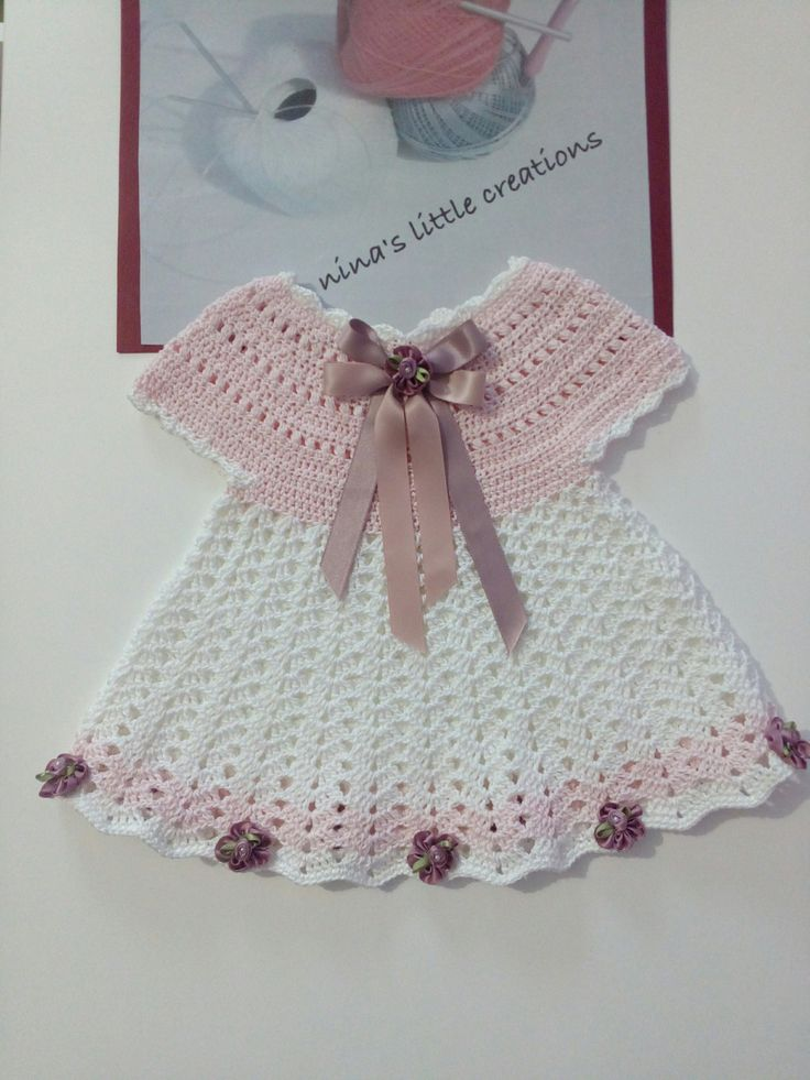 vestitino per neonata lavorato ad uncinetto di ninaslittlecreations su Etsy