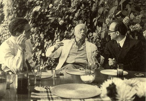 Historic photo of Carl Jung with Erich Neumann (left) and Mircea Eliade (right) at the legendary round table at Eranos. (1950).