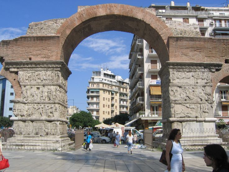 Arch of Galerius (eastern face)