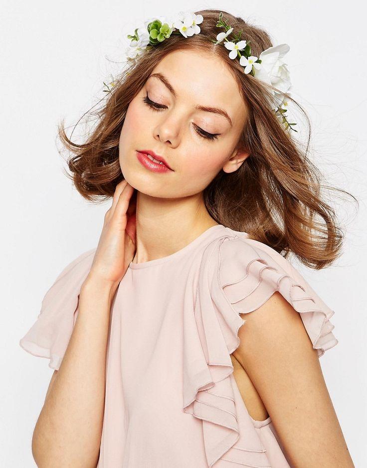 Bild 1 von ASOS WEDDING – Haargirlande mit weißen Blumen
