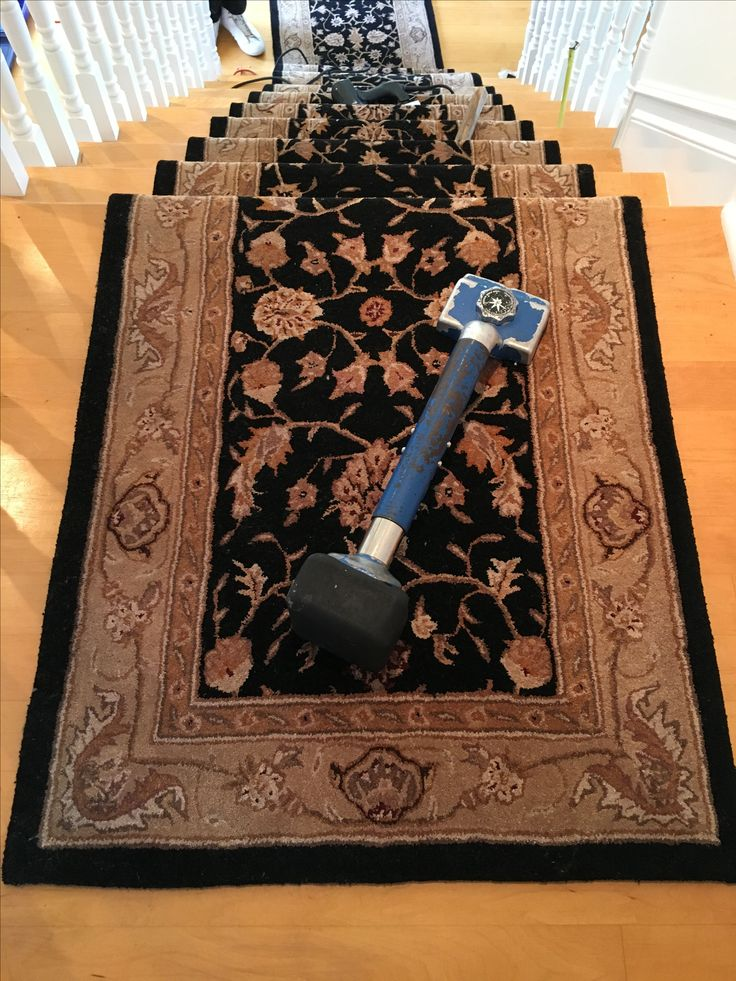 Best 93 Best Images About Stair Runners On Pinterest Mesas 640 x 480