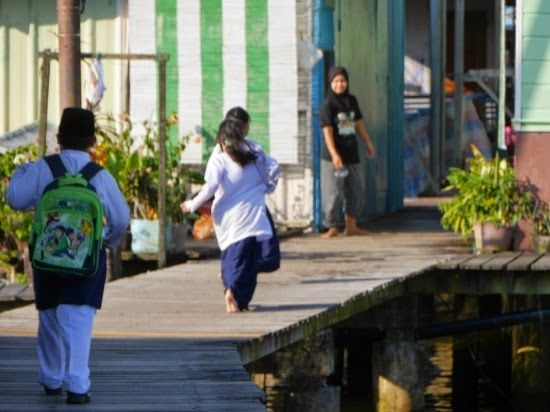 Children coming home from school - 'Venice of the East' - Bandar Seri Begawan, Brunei