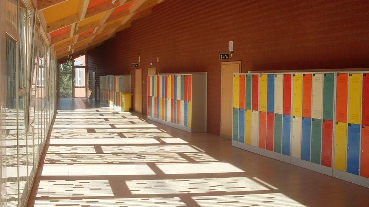 Siena   Scuola media superiore > Armet - Armadi Metallici