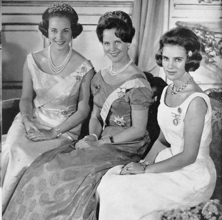 Queen Margarethe of Denmark with her sisters Princess Benedikte and Queen Annemarie of Greece.