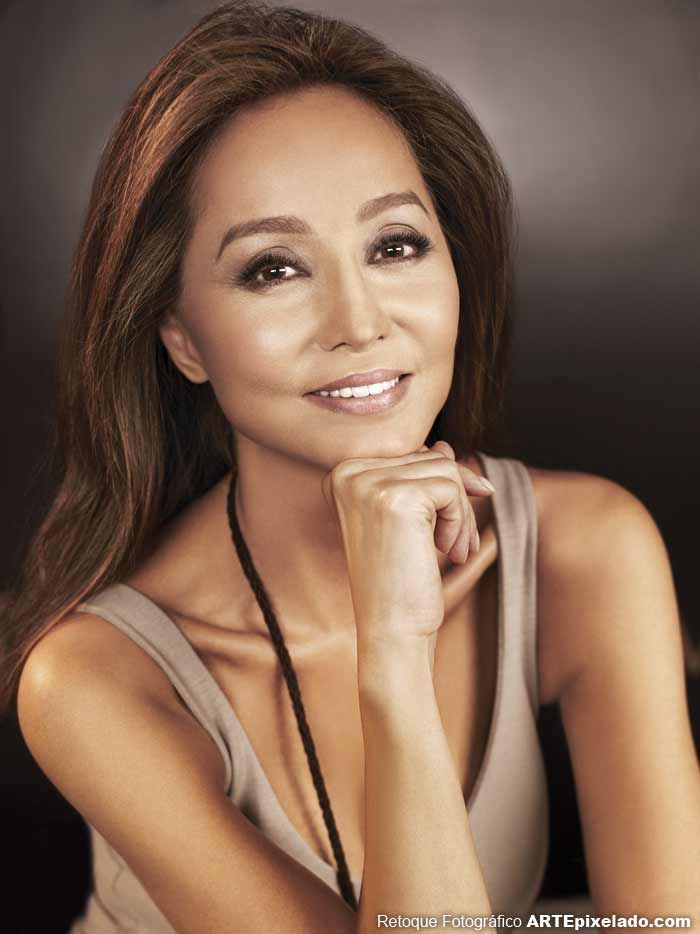Isabel Preysler, can see where he get's his great looks-mom!