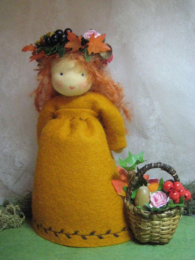 Jahreszeitentisch - Erntedank Herbstkind Waldorf - Jahreszeitentisch - ein Designerstück von Blumenkinder-Unikate bei DaWanda