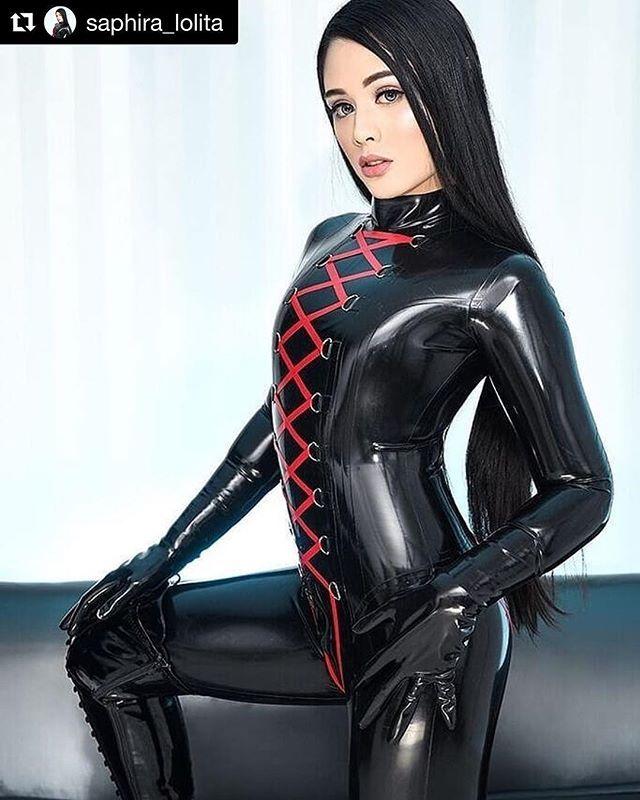 Asian Models - Hot and sexy photos of beautiful asian
