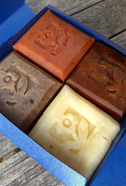 This definitely looks like the kind your hotel  offers, with different scents for each soaps.