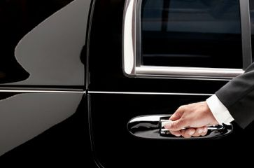 How You Can Rent A Limousine?