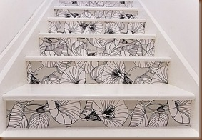 love these stairs... thinking i may try something like this on my basement stairs