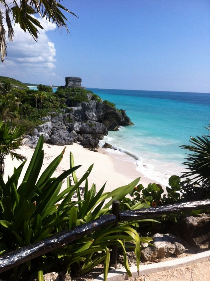 Climb up to the Tulum ruins, overlooking the bright blue Caribbean.: Tulum Maya, Bright Blue, Beautiful Tulum, Sandy Toes Sun, Blue Caribbean, Toes Sun Kiss, Maya Ruins, Caribbean Plans, Tulum Ruins
