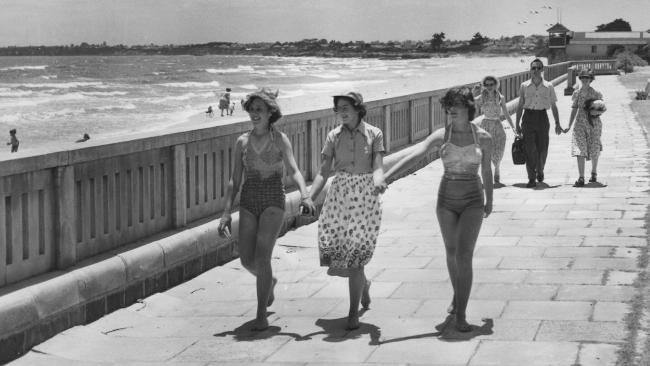 Mordialloc Beach 1954