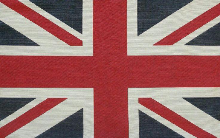 Vivi lo spirito British a casa con il cuscino Flag! #cuscino #flag #uk #british http://goo.gl/pnzXnI