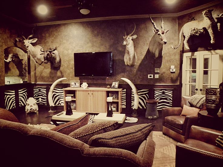 Custom design trophy room big game hunting trophy for Living room ideas quiz
