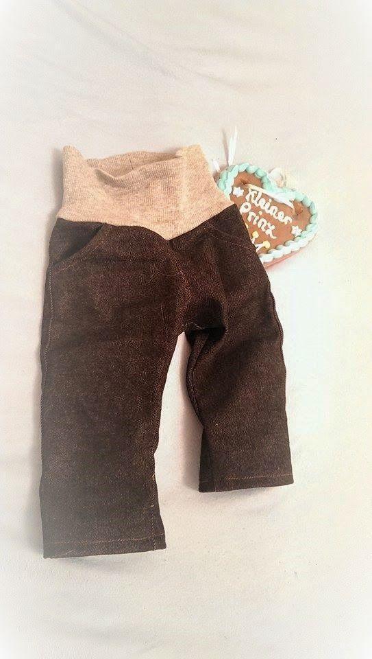 """FreeBook Baby und Kleinkinder Jeans Hose """"liten"""", 56-86, kann in mehreren Varianten mit und ohne Hüftpasse, Taschen oder als Winterversion genäht werden."""