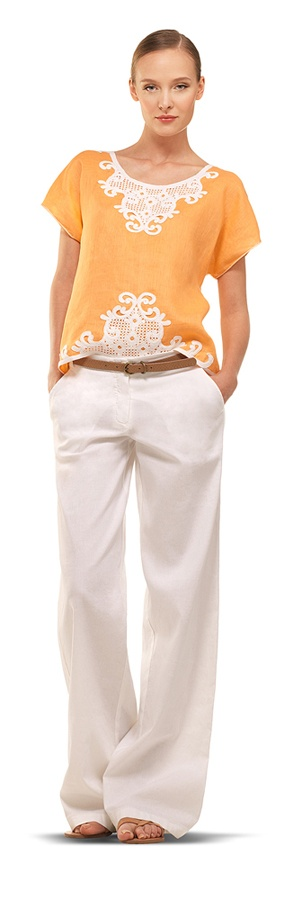 MaxStudio Linen Blouse(I would want the shirt in a different color..love the pants)