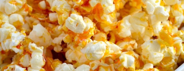 Salty Caramel Popcorn - Uit Paulines Keuken