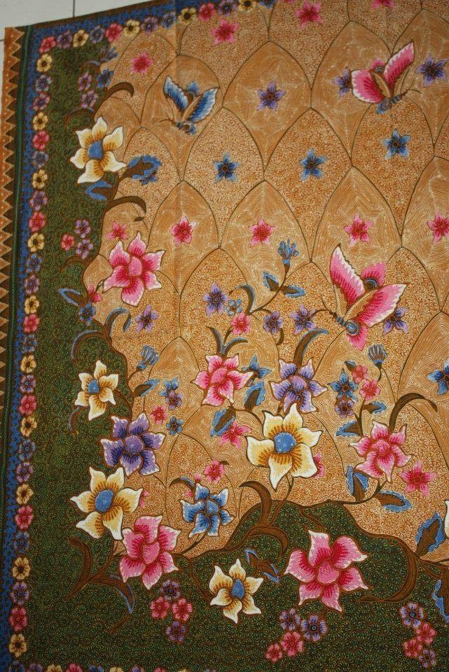 Handrawn Indonesian Batik named Hokokai galaran. ❤❤the pattern n colors