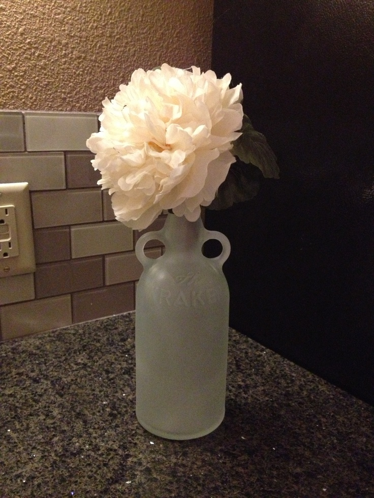 63 best bottles images on pinterest decorated bottles for Type of spray paint for glass