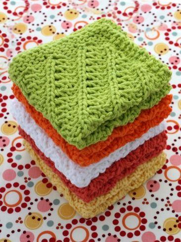 Diagonal Stitch Dishcloth