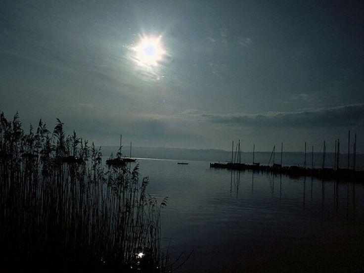 Bilder på skrivbordet - Vackra platser från våra drömmar: http://wallpapic.se/landskap/vackra-platser-fran-vara-drommar/wallpaper-40459