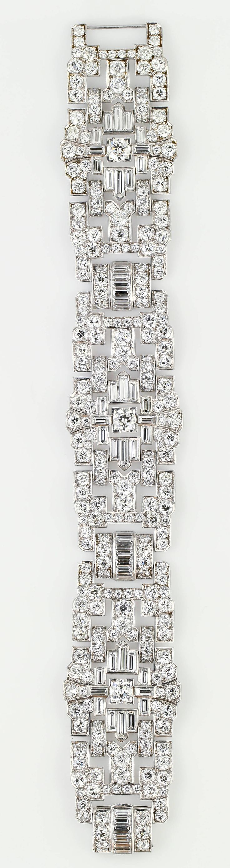 Impressive Art Deco 32 Ct Wide Diamond Platinum Bracelet. Impressive diamond & p…