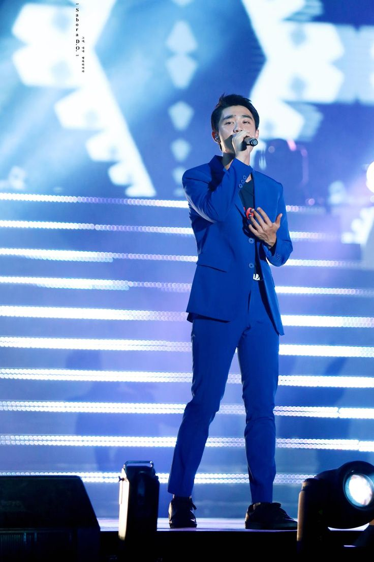 Sing... Sing a song softely.. #경수 #디오 #KYUNGSOO #DO http://imgur.com/8Qg6dSs