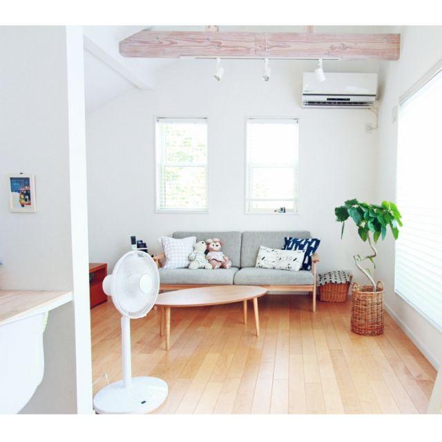 asuさんの、ソファ,finelittleday,ウンベラータ,無印良品,2階リビング,扇風機,リビング,のお部屋写真