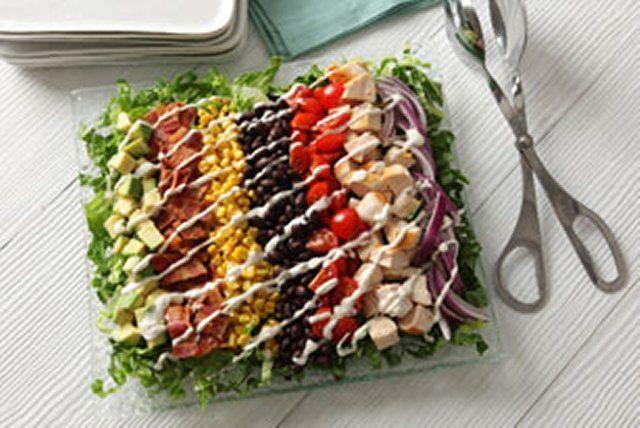 Cette salade colorée est un arc-en-ciel de saveurs!