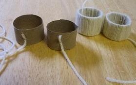 Van lege WC rol en garen servetringen maken