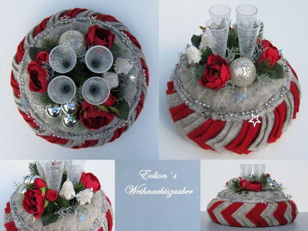 edel adventskranz sehr besonderer hoher adventskranz aus filz mit wundersch nen rosen und. Black Bedroom Furniture Sets. Home Design Ideas