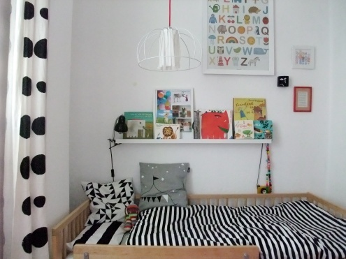 zialee philuko mi casa pinterest kinderzimmer b cherregale und bett. Black Bedroom Furniture Sets. Home Design Ideas