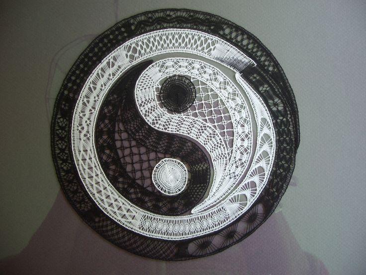 ☯~Yin y Yang~☯  ☯•ϓᎥᑎ•ϓᗋᑎ૭•☯.。.☯・゚ Los encajes de Gibritte.  Les dentelles de Gibritte - Gibritte