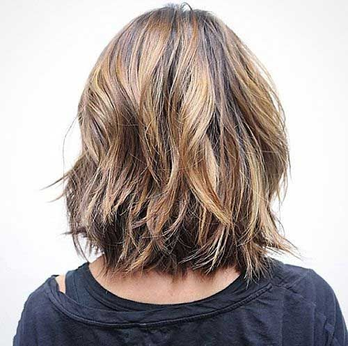 layered haircuts to medium 17 best ideas about layered wavy bob on 5783