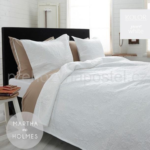 Přehoz na manželskou postel 220x240 s ornamenty v bílé barvě