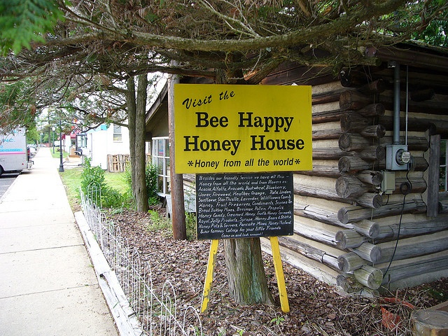 Bee Happy Honey House in Flemington, NJ, site of first swoon over Mr Q; must revisit next time we are in NJ.