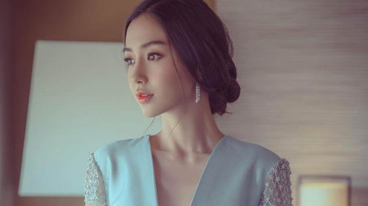 "The ""Kim Kardashian of China"" Can't Stop Dressing Like a Bride, and We're Totally OK With It: Chinese movie star Angelababy doesn't seem to be over her lavish $31 million wedding, so she's channeling bridal couture on the red carpet."