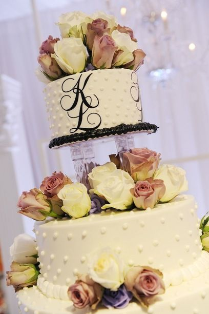 khloe kardashian wedding cake 13 best throwback weddings images on 16638