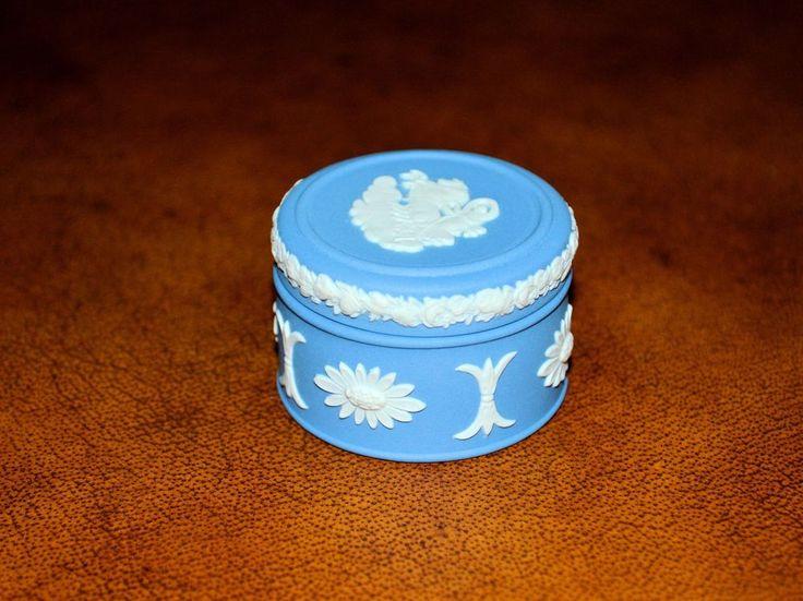 Rare Vintage Wedgewood Small Light Blue Ring Trinket Box England