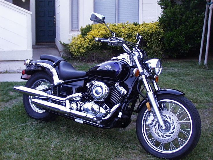 25 best ideas about yamaha v star on pinterest yamaha star motorcycles chopper motorcycle. Black Bedroom Furniture Sets. Home Design Ideas
