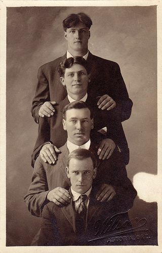 1910  Four men in Astoria, Oregon.  (viaboobob92)