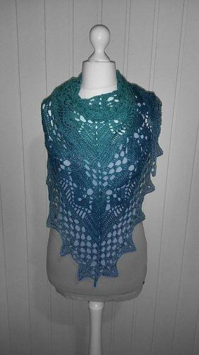 Calypso-Tuch von Jasmin Örnos - toll gehäkelt + Anleitung auf Deutsch  ---- Calypso-Shawl by Jasmin Örnos - crochet / pattern in English