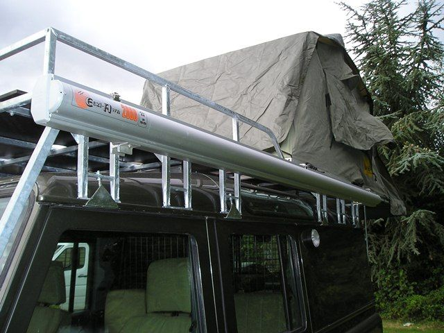 Side awning and roof tent