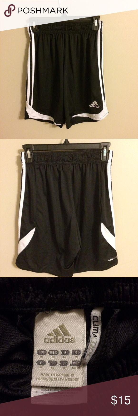 Adidas soccer shorts Worn for 1 season, no wear and tear, still in very good condition. Size medium Will model (if requested)                                                                ✅ will consider all trades and offers Adidas Shorts