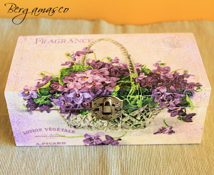decoupage box hand made // violets
