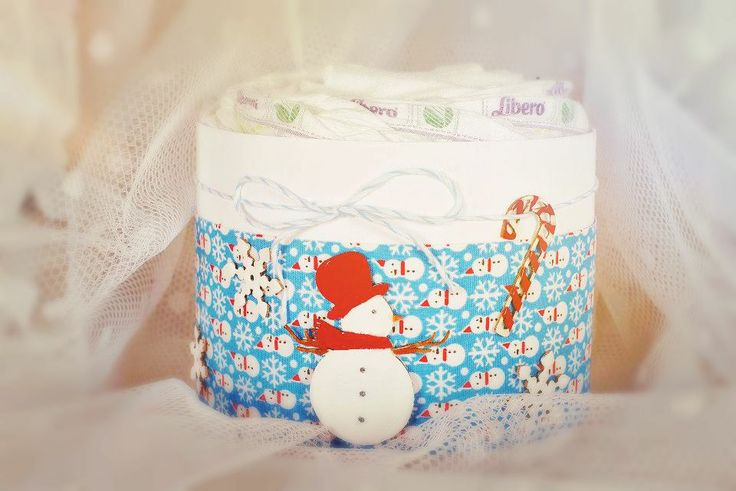 christmas gift - winter time's mini diaper cake