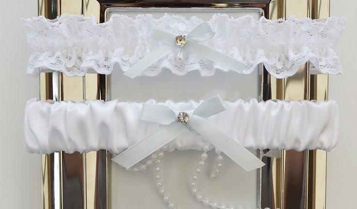 White Wedding Garter Set, Bridal Garter, Keepsake Garter, Wedding Garter, White Satin Garter by theweddinggarter1 on Etsy