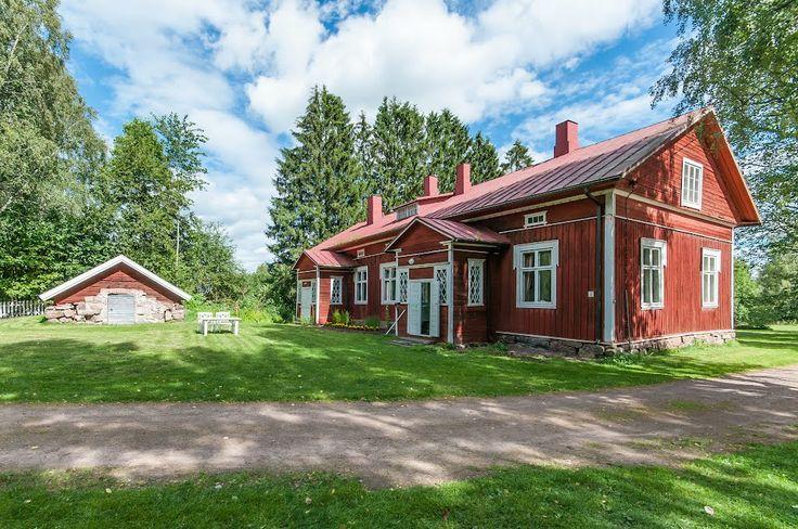 Kiukaisten Wanha pappila - The Old Rectory of Kiukainen: Pappilankuja 3
